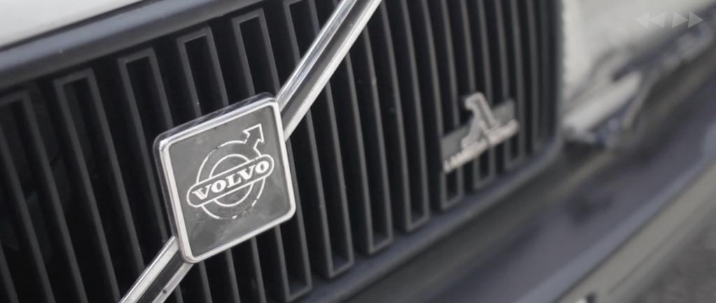 Volvo_240_Torslanda_RetroChase_02